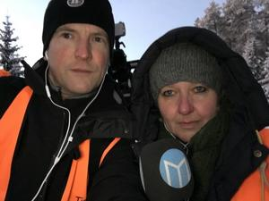 Våra reportrar Mikael Hellsten och Katarina Cham var på platsen för att rapportera om det senaste från branden.