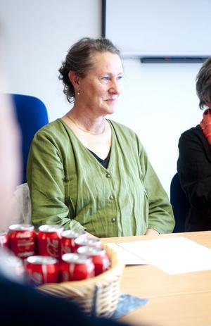 Irma Pelo-Hallqvist är ordförande i S-Kvinnor Borlänge.  En kvinnoklubb med livlig verjksamhet och engagerade medlemmar.