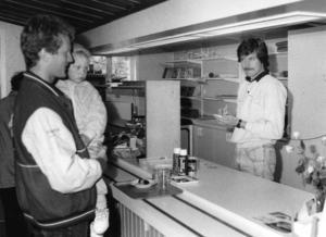 Ove Östberg i den nya köksavdelningen 1991.