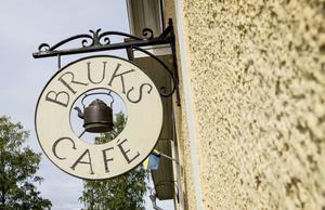 Brukscafét i Strömbacka drevs förra sommaren av Annelie och Tommy Nordström. Nu hoppas det att någon annan ska ta över verksamheten.