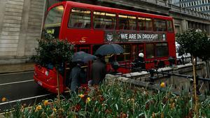 Debattören lyfter fram taxesystemet i Londons kollektivtrafik som ett bra exempel.