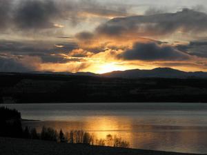 Solnedgång över Kallsjön. Foto: Elin Svensson