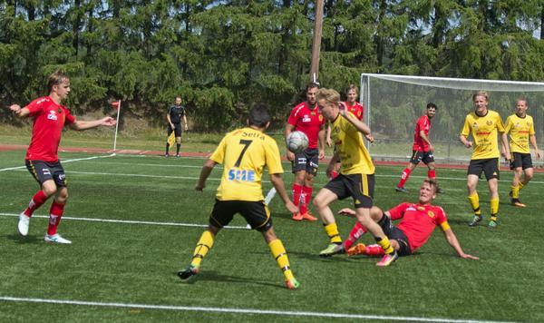 Rasmus Östergård-Hansen gjorde matchens sista mål.