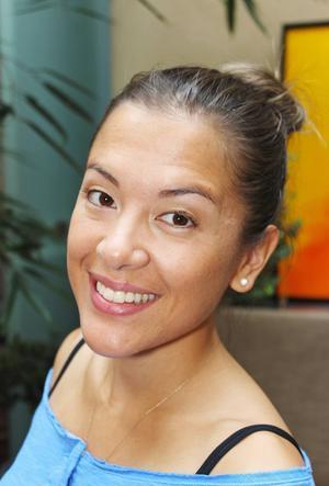 Man lär verkligen känna sig själv, säger Mei-li Wu om yoga.