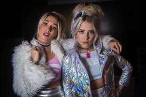 Rebecca & Fiona är aktuella med sitt andra album