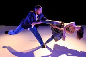 Bollnäs får uppleva mycket dans. Bland annat föreställningen Makt, med Christina Tingskog DansCo.