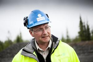 Mikael Melin, platschef på Stamåsen tycker att det känns som en milstolpe när de första vindkraftverken nu tas i bruk.