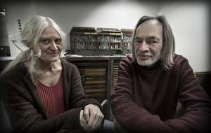 Ulla-Carin Winter och Christer Carlstedt - västernorrländska konstnärer som bidrar till Nobelfestligheterna.