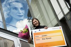 Tove Nowén var glad över att få ta emot Ingrid Thulin-stipendiet.
