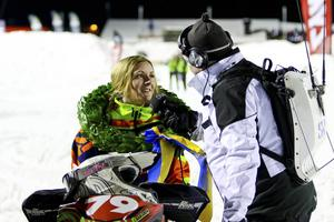 Emilia Dahlgren, Walles, intervjuas av Radiosporten efter sitt guld i det historiska första stadioncross-SM för damer.