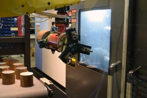 Robotar används för produktionen hos Edvin Larssons mekaniska.