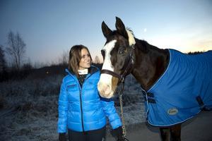 Emelie Löfström och angloaraben Strong Shakiro är utvalda att visa upp rasen i Friends Arena under Sweden International Horse show i helgen.
