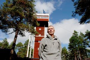 – Tornet måste ersättas med ett nytt, anser Olle Lundback.