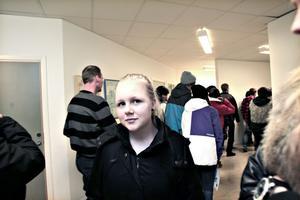 Jessica Klar, 15, går i nian på Källmursskolan i Bomhus. Hon står och pendlar i valet till gymnasiet, där hon ska börja nästa år.– Media med fotoinriktning blir det antagligen. Livsmedel och barn och fritid är andra alternativ.