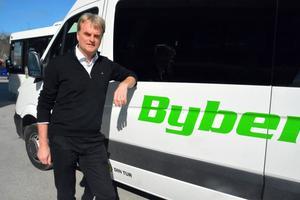 Tomas Bybergs bussbolag vann priset för sin satsnoing på mer miljövänlig kollektivtrafik.