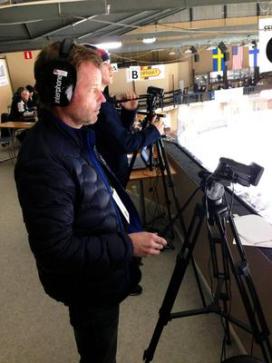 Lars Nolander, klubbdirektör i Timrå IK, agerade kameraman.