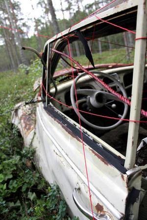 De gamla bilarna finns även med i en fotouställning i logen i Espnäs.