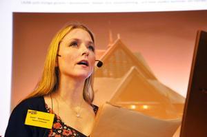 Operasångaren Carina Henriksson bor i Lainio i elva mil från Kiruna och driver Opera Vildmark.