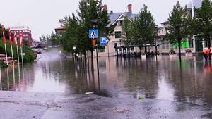 Översvämning vid tågstationen i Östersund.