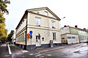 Fastigheten på Petregatan för 6 800 000 kronor är ett av de hus som visas i helgen.Foto: GUN WIGH