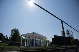 En tolv meter lång solursvisare som ingår i Bigert & Bergströms installation
