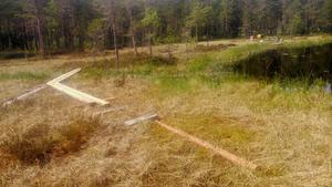 24 plankor på 120 löpmeter stals från en depå nära Högtjärn i Trönö.