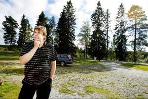 Sven-Erik Persson är ordförande i byföreningen. Han är nöjd med det stora engagemang och den fina grannsamverkan som råder i byn.