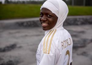 Zabibu Nduwimana från Härnösand spelar för Umeå IK:s andralag i division 2 och har öst in mål under våren.
