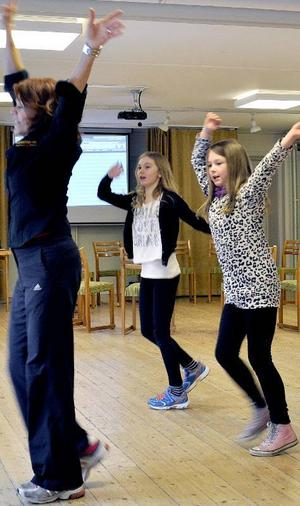 Elin Sandelius står för manus och dubblar i rollerna som Krösa-Maja och Kommandoran. Ida Nyberg och Ida-Maja Härjegård vill spela Ida.
