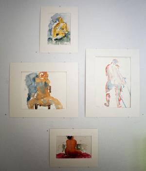 Krokistudier återkommer också som motiv i Frida Loréns utställning.
