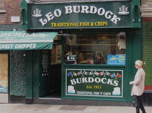 Trots det allt större utbudet av snabbmat från världens alla hörn är det fortfarande lätt att hitta fish and chips på Irland.
