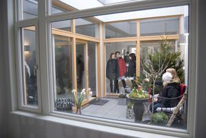 Ett uterum inne finns det med glasat tak i de nya lägenheterna i Hamre Gård.