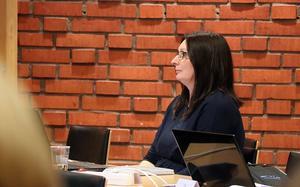 Isabell Andersson (M) ställde frågan om varför så många jobbsökande får gå svarslösa.