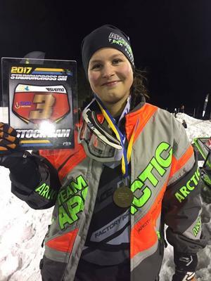 Elvira Lindh tog sensationellt SM-brons i stadioncross i Söderhamn i onsdags.