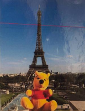 Ronaldo framför Eiffeltornet.