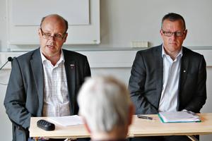 Kommunalrådet Per Johansson och Brynäs klubbdirektör Hans-Göran Karlsson är helt nöjda med uppgörelsen.