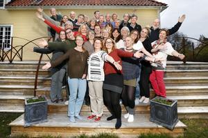 Rådmansö skärgårdskör firar sin tionde födelsedags med ett musikaliskt kalas.