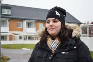 Caroline Sundström har inte hunnit reflektera så mycket över möjliga förändringar, men hoppas på att företaget inte kommer att höja hyrorna.