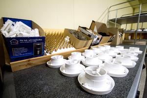 Airmove-produkterna monteras på plats i Västanfors. I dagsläget finns det tre olika typer av produkter.