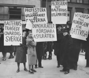 Baltutlämningen i november 1945 som genomdrevs trots protester.