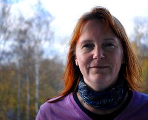 """Gymnasiechefen Lena Sahrblom blev skolchef i Ludvika kommun augusti 2006. Hon är född och uppvuxen i Stockholm och bosatt i Örebro sedan 1985. När hon började i Ludvika sa hon """"Jag tar ett år till att börja med så får vi se hur det fungerar"""
