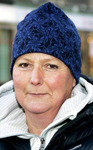 Monica Henriksson,55 år, Kvitsle:– Ja det vill jag,åtminstone på de ställen där de ställer till skada för samer och andra djurägare. Men det är viktigt att hålla rovdjursstammarna friska.