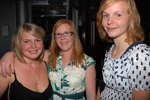 Silk. Mikaela, Theresia och Elvira