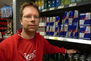 Stig Wikblad, handlare på ICA Supermarket i Säter, är en av handlarna som kommer att påverkas av Swedbanks planerade förändring.