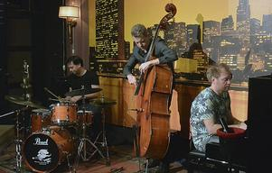 Daniel Karlsson Trio på Metropols scen.