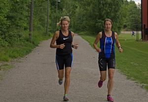 Emma Bergqvist Maclean och Elin Genneby tävlade i Ironman förra året.