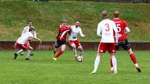 Pelle Lööf och HuFF krigade till sig poäng mot Valbo.