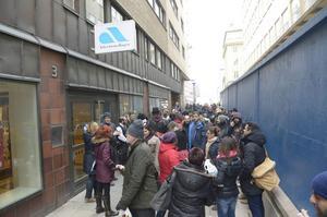 I Stockholm blev det kaos vid Arbetsförmedlingen när över 60000 personer kallades till samma möte.