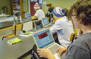 Go'kvälls facebookgrupp engagerar både elever och allmänhet.
