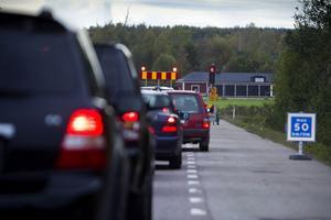 Snart är det röda trafikljuset vid Baggberget borta. Det meddelar Peab.